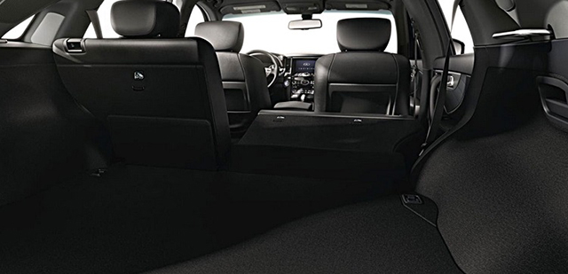 Infiniti QX70 - Interior Back - Car Hire Perth - Northside Rentals