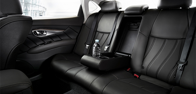 Infiniti Q70 - Interior Back - Car Hire Perth - Northside Rentals